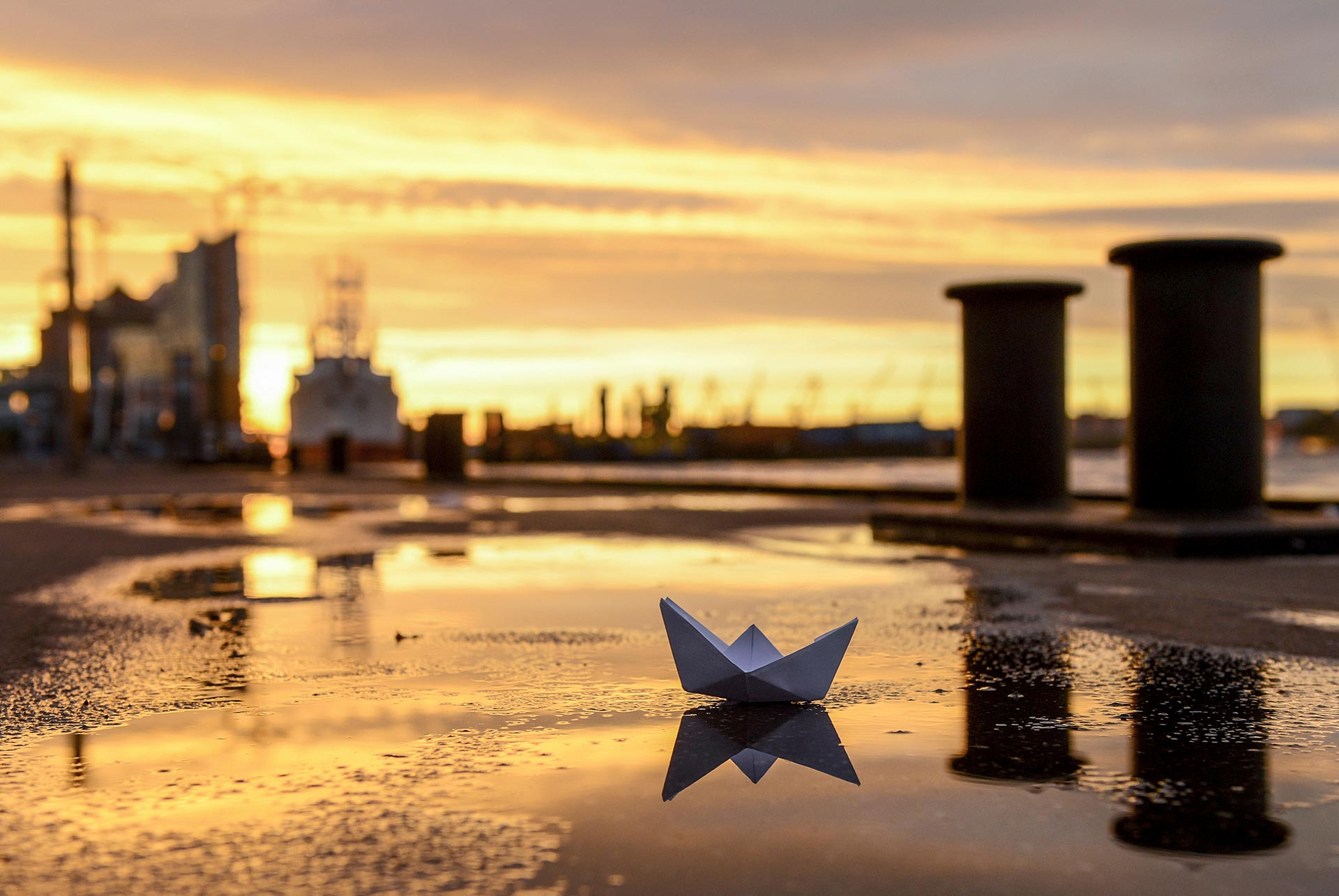 NL059 Schiff Ahoi Hamburg-Wandbild auf Leinwand, Dibond oder hinter Acylglas