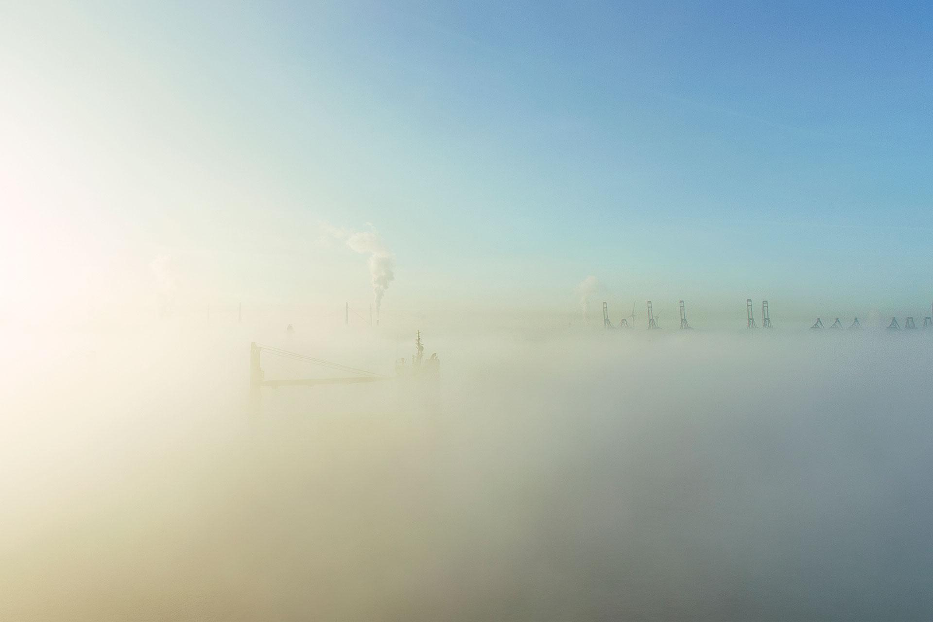 LCW260-nebelgiraffen-hamburg-wandbild-bild-auf-leinwand-acrylglas-aludibond