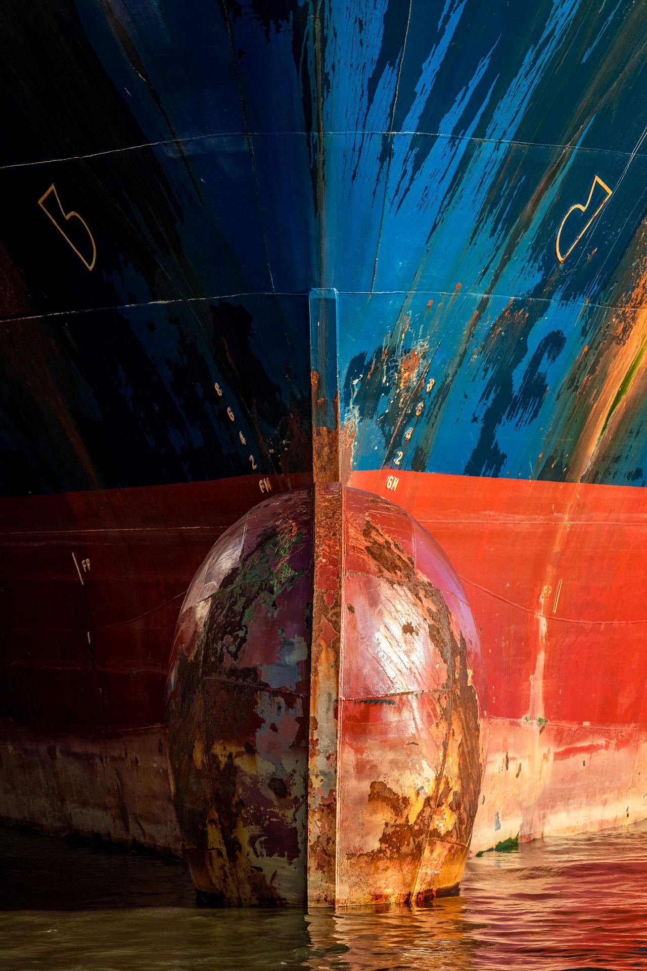 JSH07-bulb-containerschiff-hochformat-wandbild-leinwand-acrylglas-aludibond